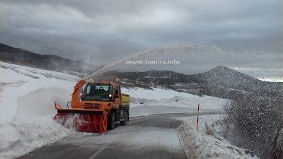 VIDEO Na Pletenu se uklanjaju snježni zapusi
