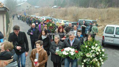 Autobusi voze Senjane na komemoraciju Gavranu u Krivi Put