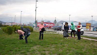 FOTO Bakrani čistili Industrijsku zonu u inat hladnoći i vjetru