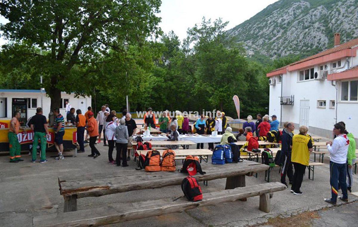 Loše vrijeme odgodilo boćarski turnir i kuhanje kotlića povodom Dujmove