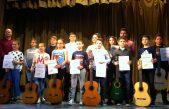 Škola gitare darovala koncert roditeljima i Senju