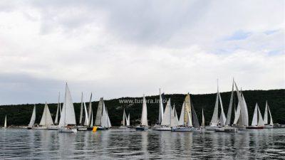 FOTO Grobnička regata: zabijelilo se 37 jedara u Tihom kanalu