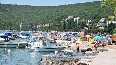 Toplotni udar: U Jadranovu i Dramlju 38 stupnjeva