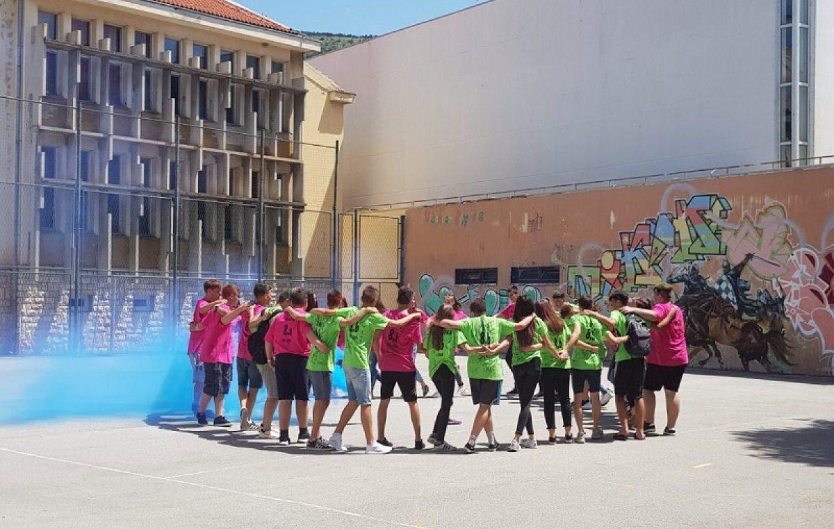 S osnovnom školom pozdravilo se 44 senjskih učenika