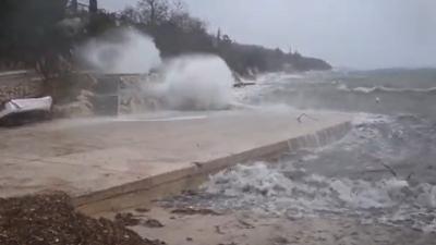 VIDEO Podivljalo more na Kačjaku
